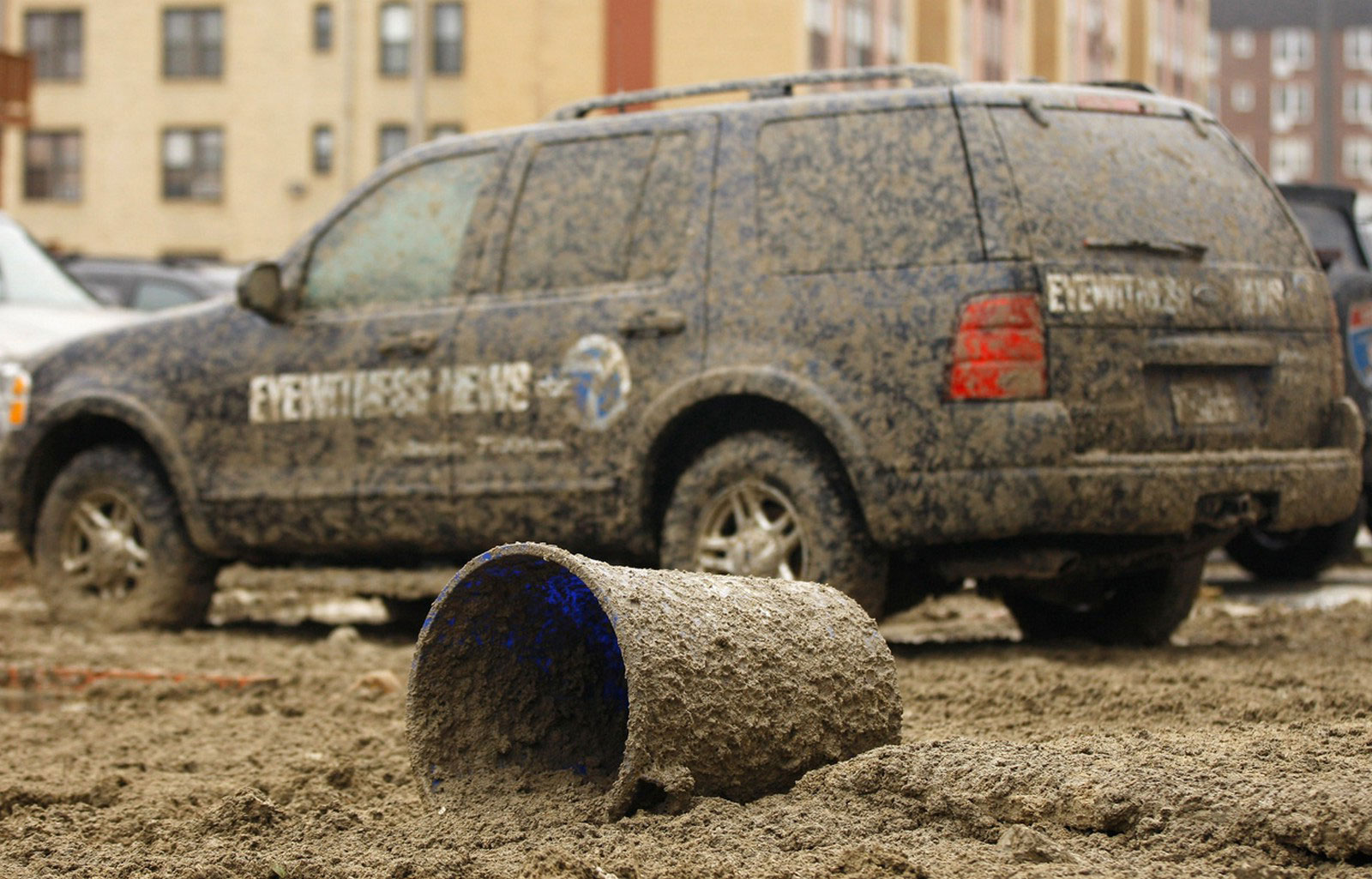 Автомобиль в грязи