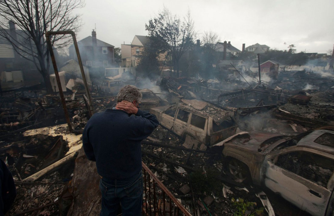 сгоревшие дома в Нью-Йорке, фото урагана Сэнди в США