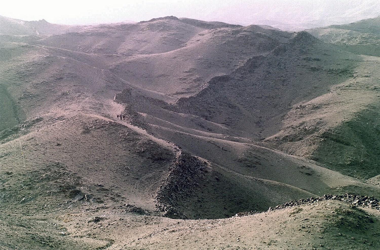 часть каменной стены династии Мин, фото