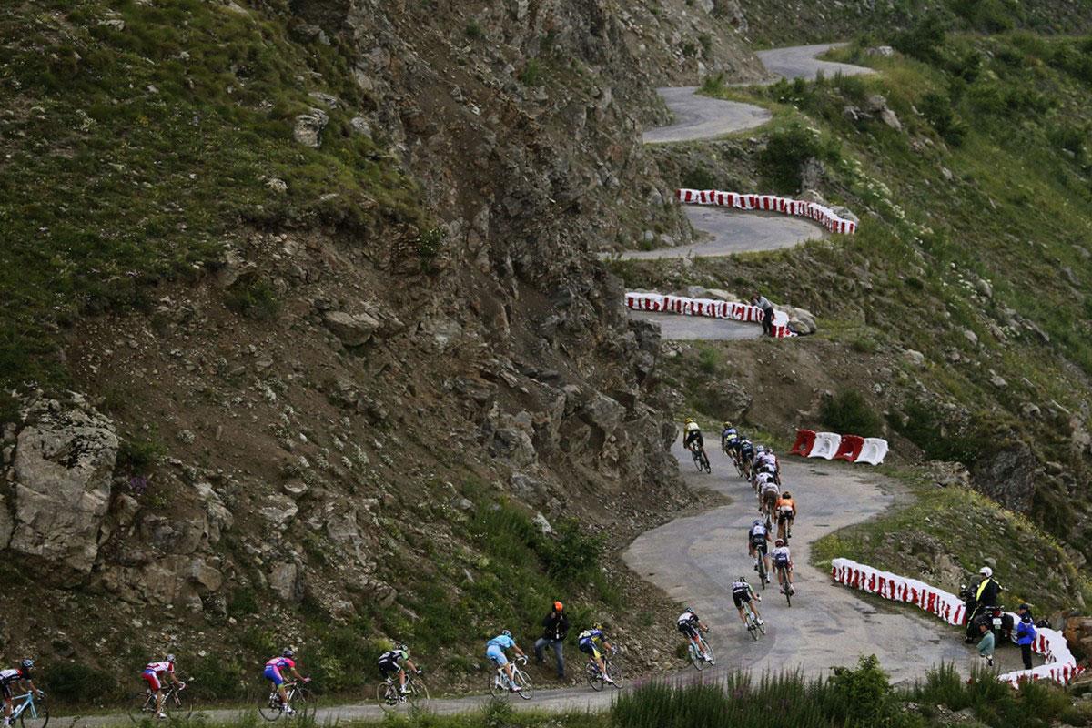 Пелотон велогонщиков