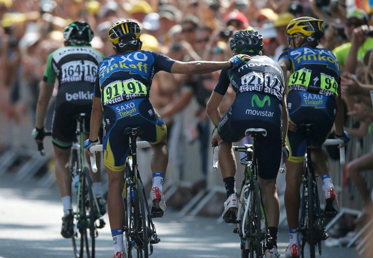 испанские участники гонки на финише