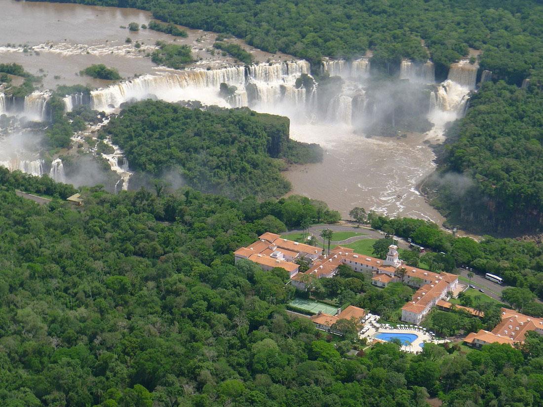 Отель у водопада Игуасу, фото