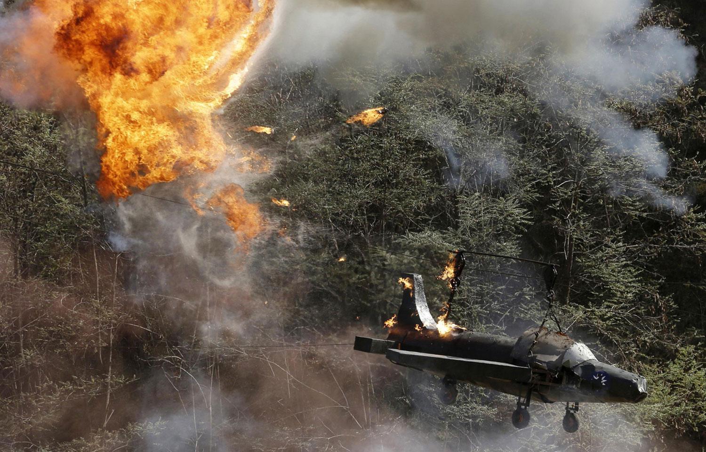 Горящий самолет ВВС Гоминьдана