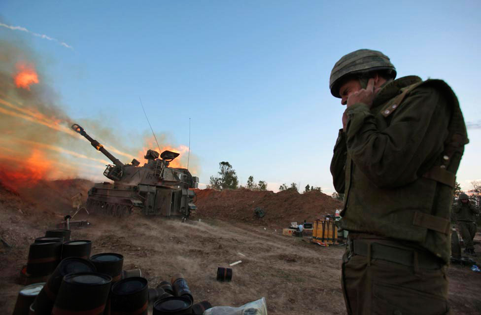 стрельба из тяжелой артиллерии, фото
