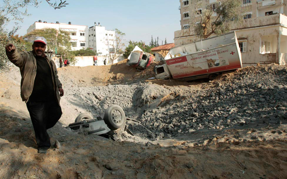 взрывы у больницы, фото