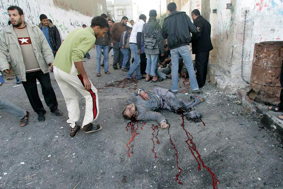 40 палестинцев погибли в Джабалии, фото