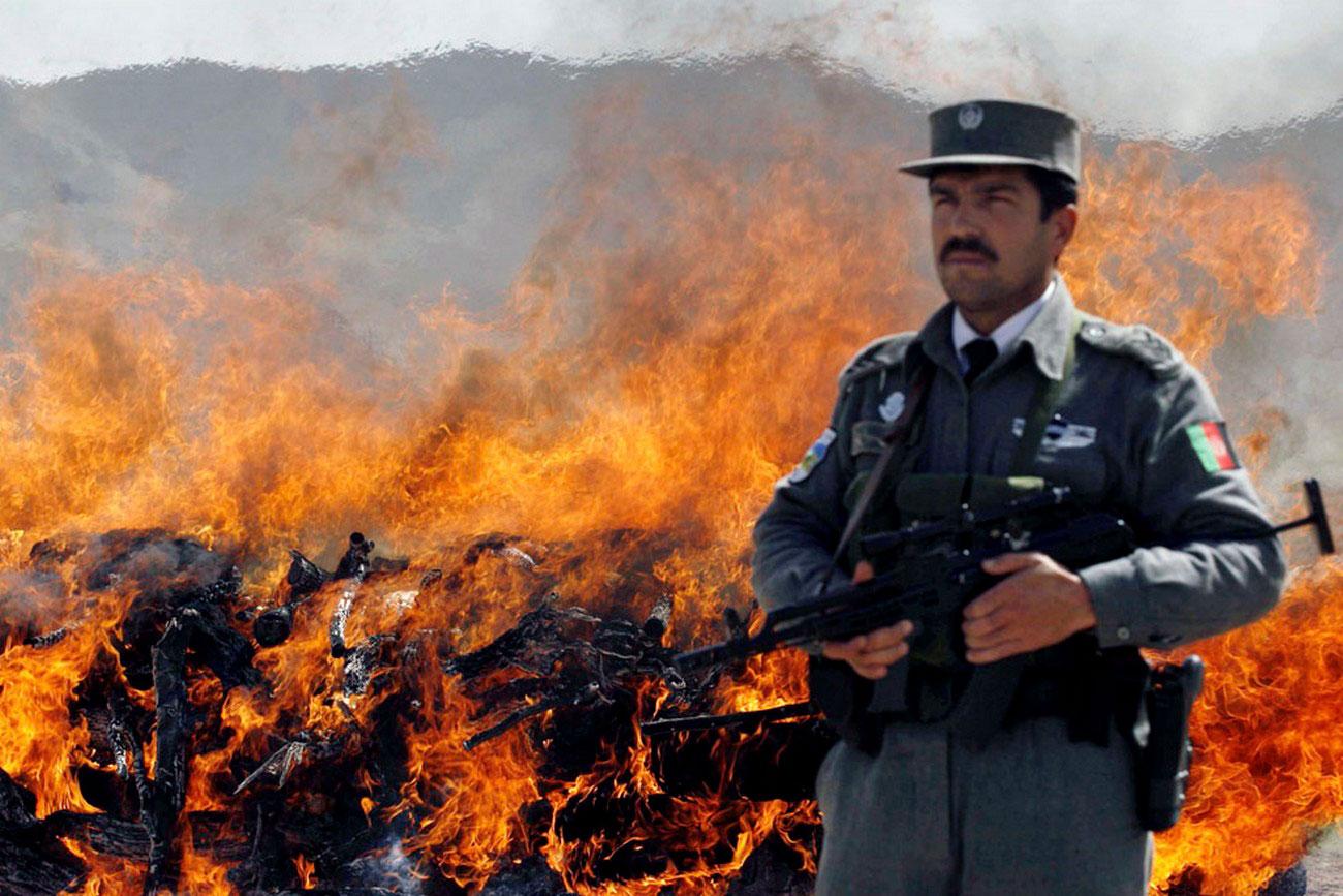 Офицер службы безопасности, фото войны