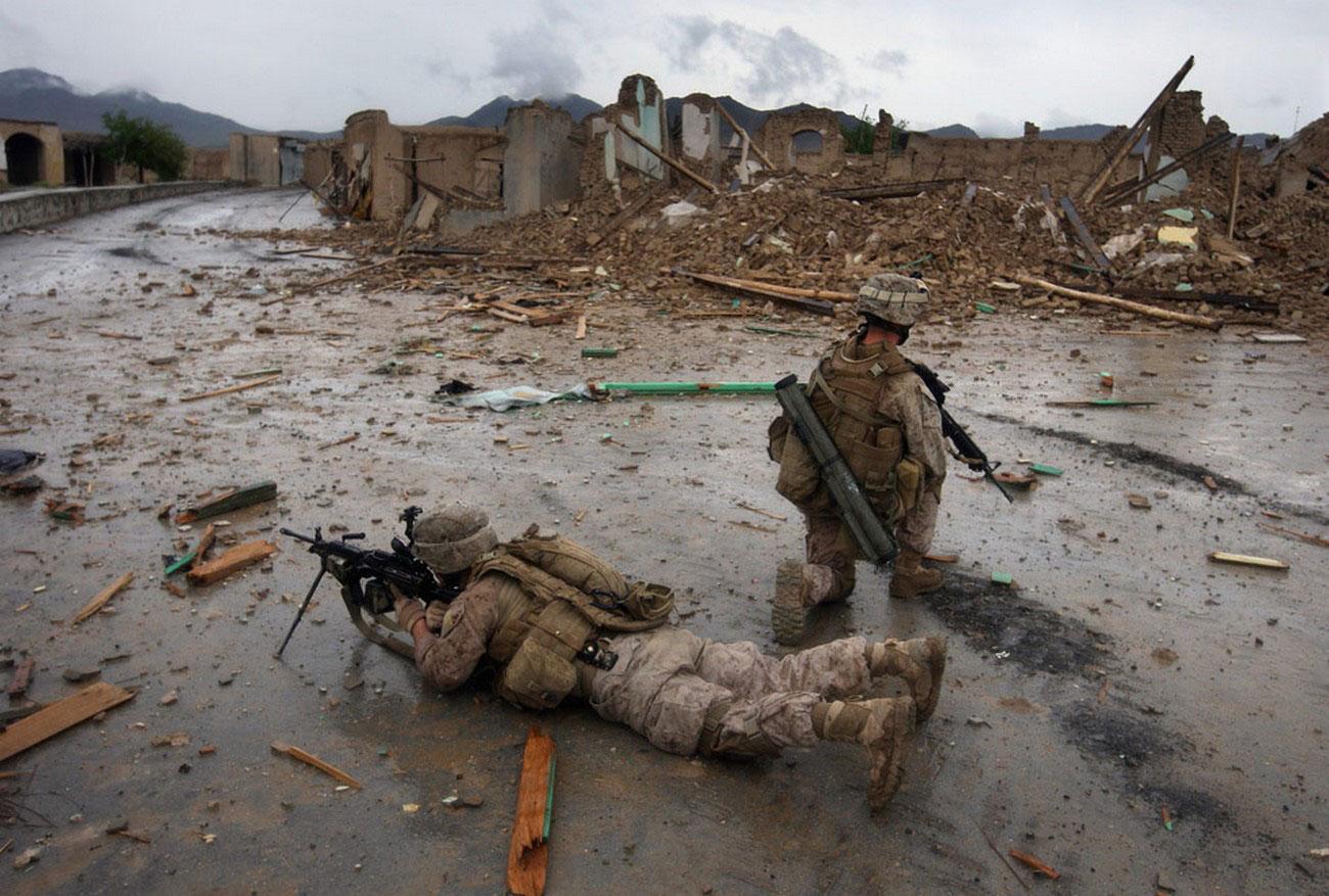 Американские морские пехотинцы на юге Афганистана, фото войны