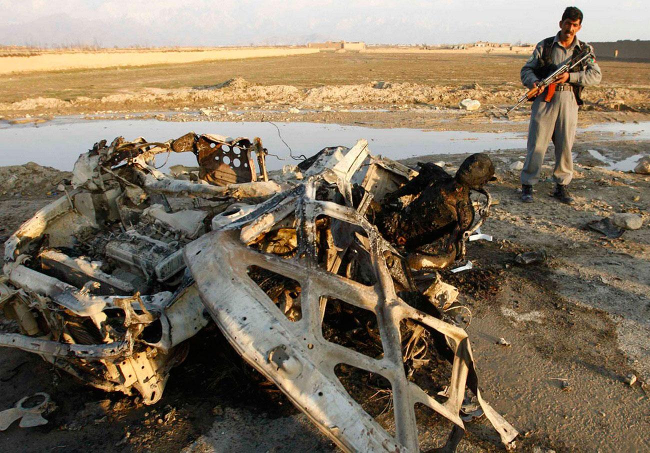 сожженный тела террорист-смертник, фото из Афганистана