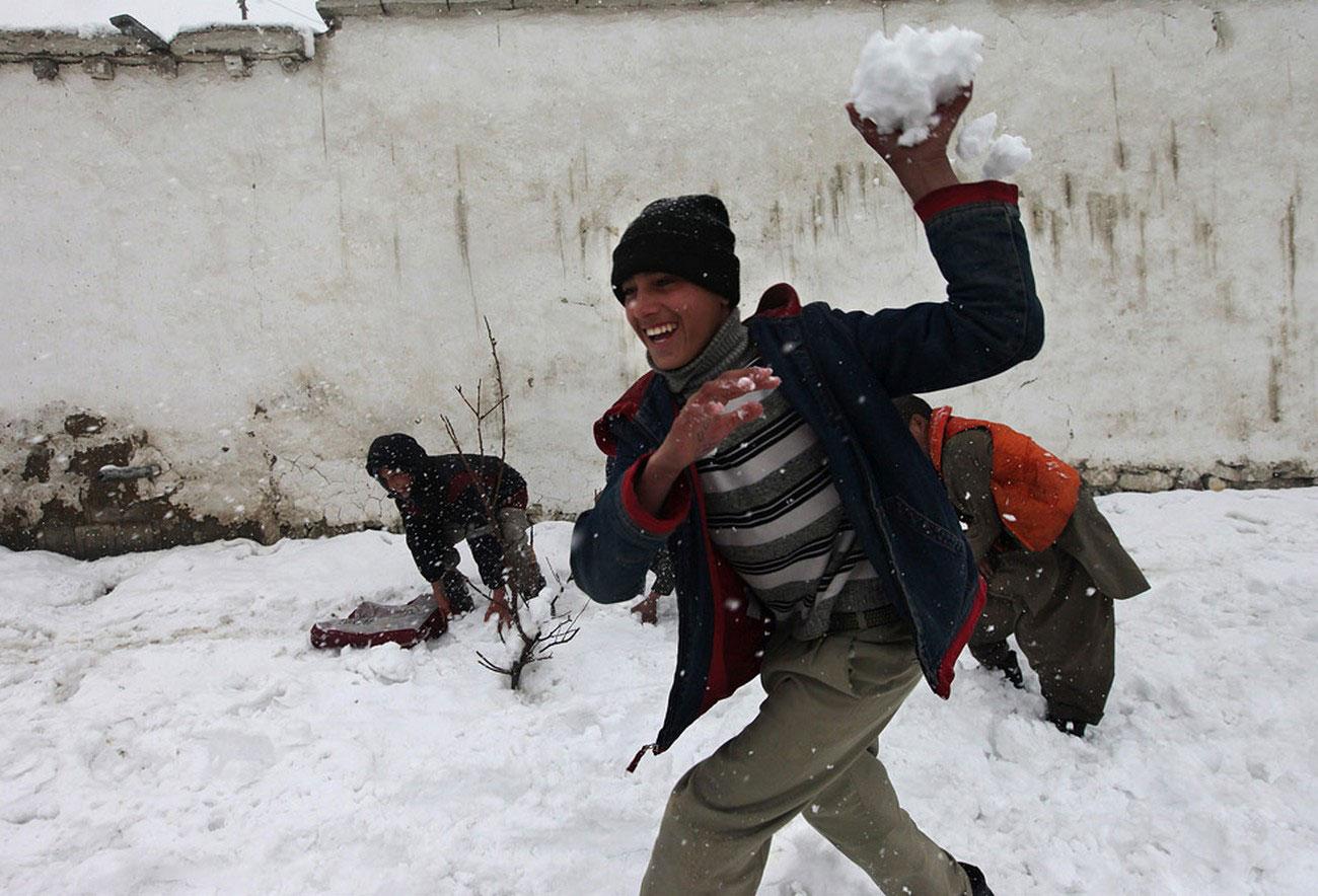 дети в Кабуле во время войны