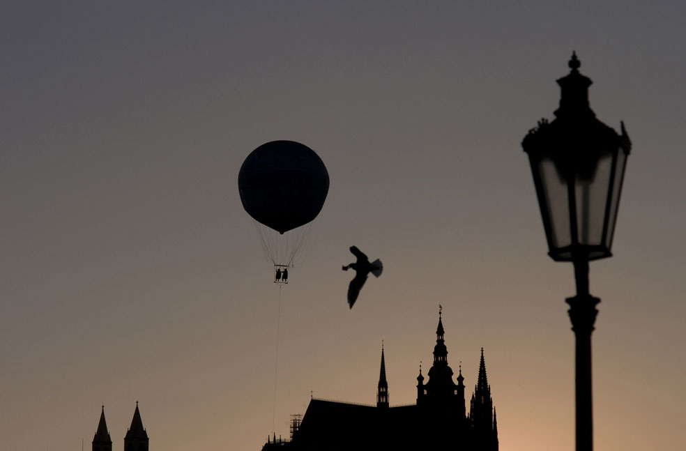 туристы на воздушном шаре, фото