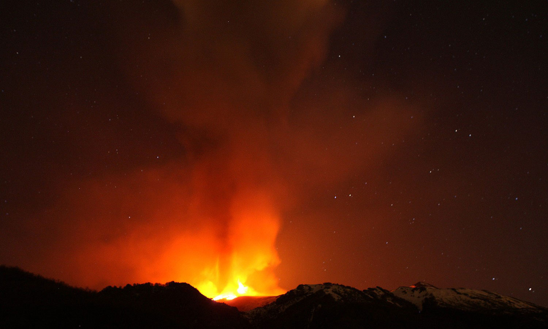 Извержение стратовулкана Этна, фото