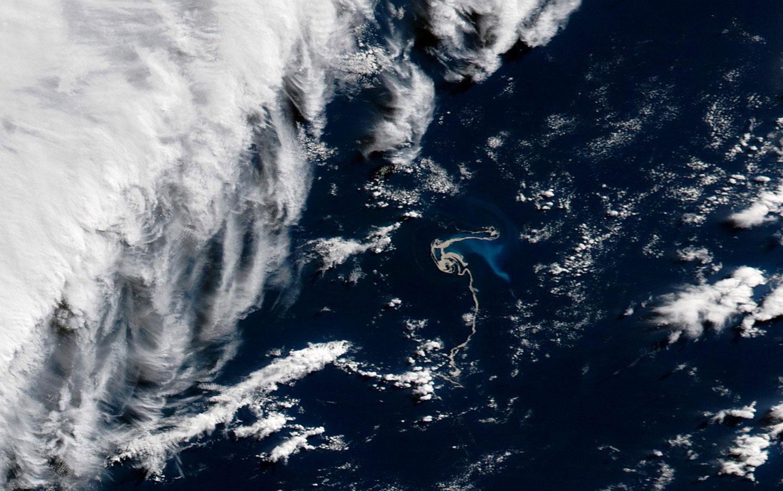подводный вулкан Гавр, фото