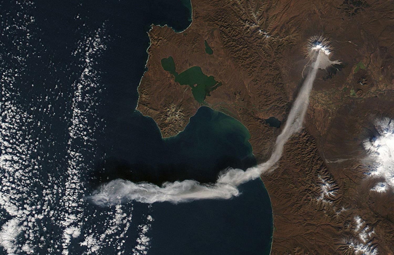 Вулкан Шивелуч на Камчатке, фото