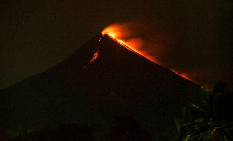 вулкан Volcan de Fuego, фото