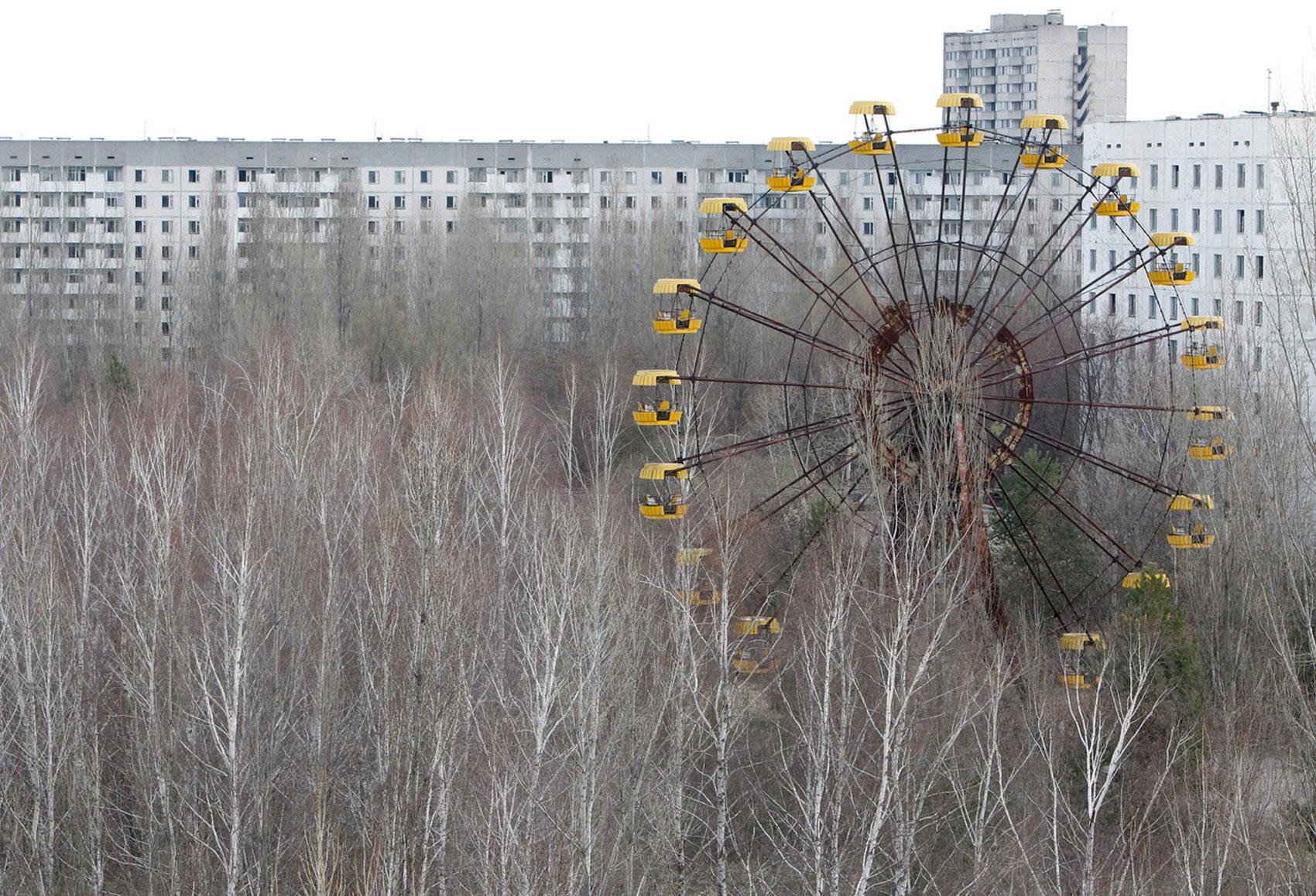 Заброшенный город ПрИпять на севере Украины, фото