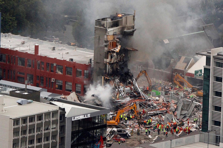 очаги возгорания после землетрясения, фото