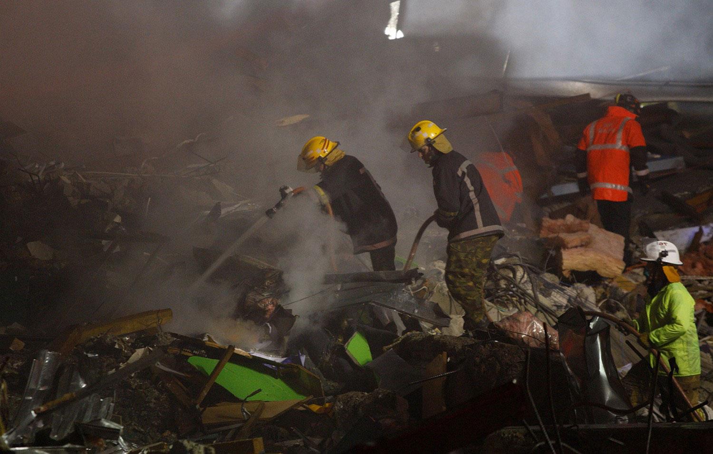 На руинах здания CTV, фото