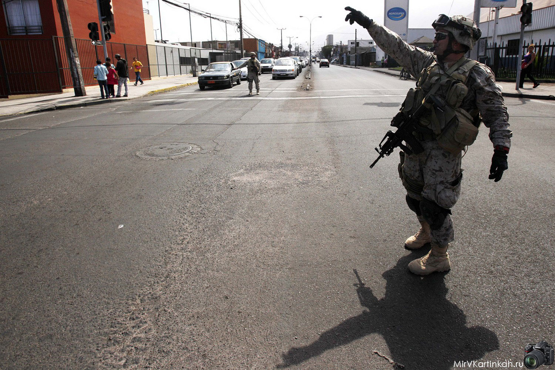 Солдаты на перекрестке