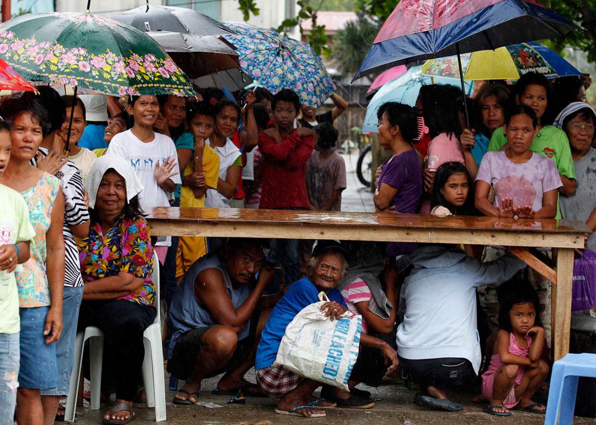 Эвакуированные филиппинцы
