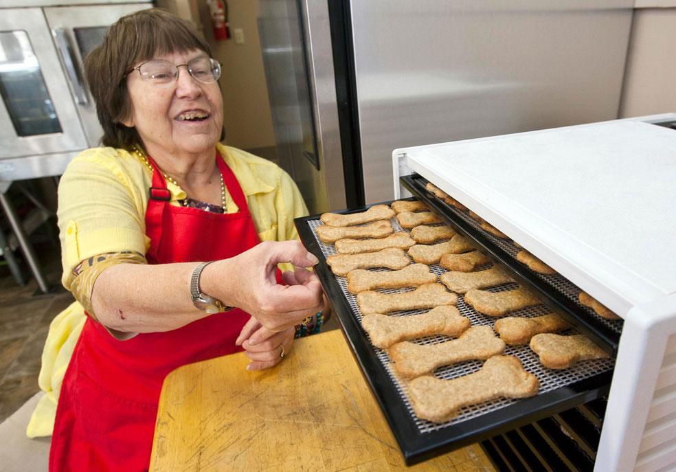 печенье для собак, фото